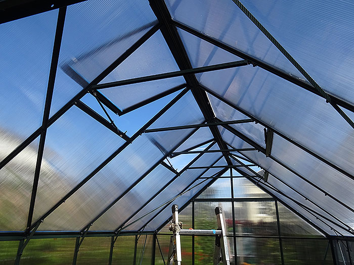 Name:  roof.jpg Views: 86 Size:  116.8 KB