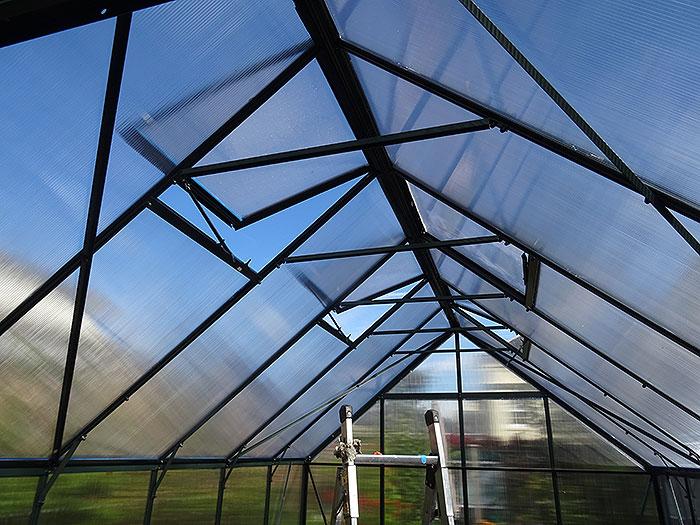Name:  roof.jpg Views: 116 Size:  116.8 KB